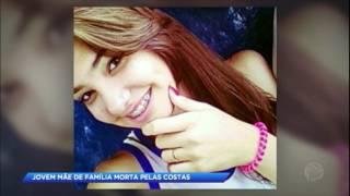 Download Video Mãe é morta por bala perdida em tiroteio entre PM e traficantes no Rio MP3 3GP MP4