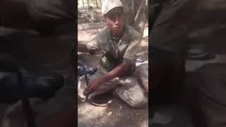 Gambar cover Erzurumlu Askerin Komutanıyla Konuşması - Komutanım Şaka Maka Bi Yana