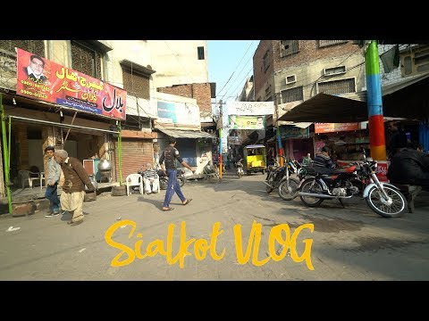 Finding Nashta in Sialkot City - VLOG