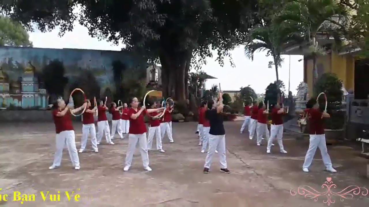 Thể Dục Dưỡng Sinh Múa Vòng Người Đến Từ Triều Châu