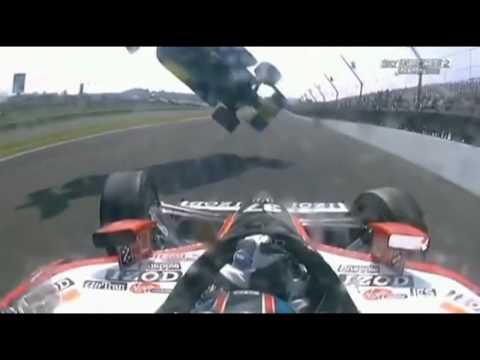 Acidente impressionante na Formula Indy 500