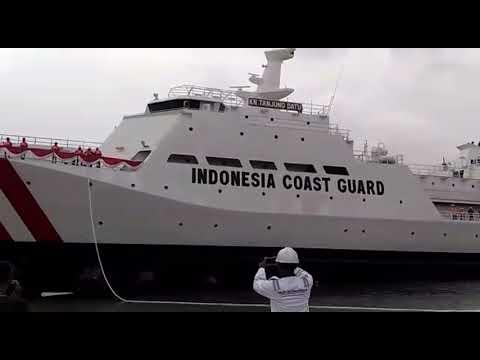Launching kapal patroli 110 M  BAKAMLA KN.TANJUNG DATU