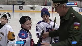 Юные хоккеисты Карелии стали юнармейцами