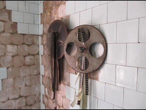 В городе Ярцево рушится кинотеатр