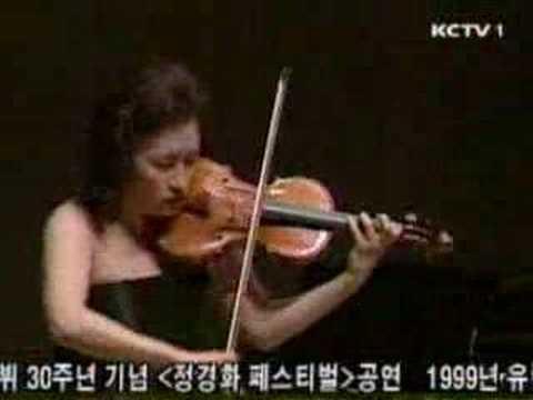 Kyung Wha Chung plays Bach violin sonata No1 BWV1001(Presto)