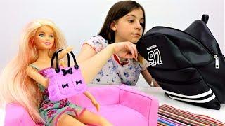 Видео для девочек - странные предметы в сумке Барби