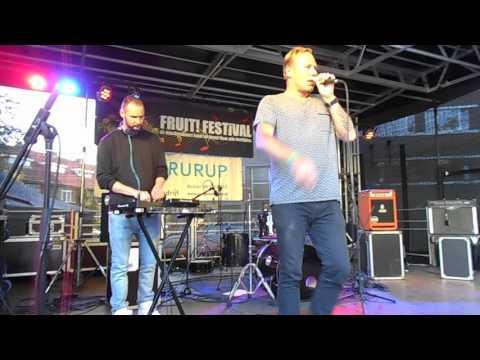 Lovedrunk by Pat Smith @ FRUIT!festival 2017