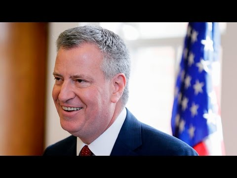 New York City mayor holds news conference on New Year's Eve security