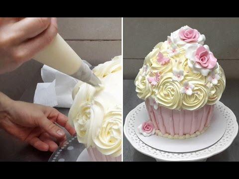 Giant Cupcake  How To DecorateComo decorar un cupcake gigante  YouTube