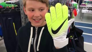 ⚽  Покупки Спорт мастер Уфа футбольная форма + бутсы + Вратарские перчатки NIKE ⚽ FOOTBALL EQUIPMENT