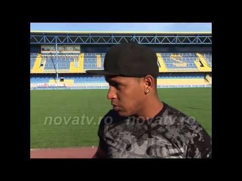 Eric De Oliveira se antrenează pe stadionul Gaz Metan - novatv.ro