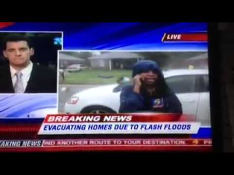 She Is So Memphis... Mad Woman During Memphis Flooding