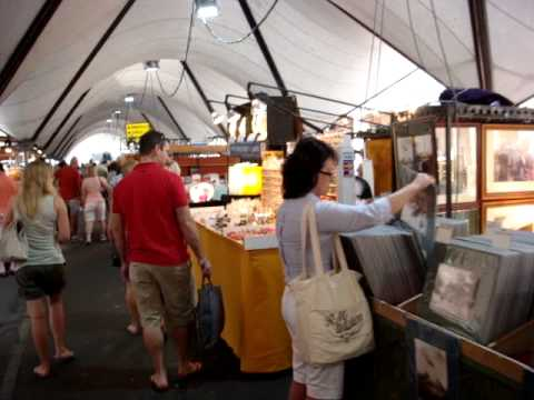Sydney Australia - The Rocks Markets MOV09377.MPG