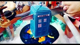 Best Doctor Who Tardis Cake OUT!