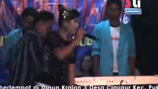 Video Mia Agustin - Biarin kang download MP3, 3GP, MP4, WEBM, AVI, FLV Maret 2017
