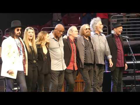 """American Girl"" Tom Petty & The Heartbreakers@Wells Fargo Center Philadelphia 7/29/17"