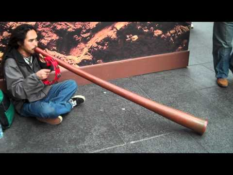Japanese guy playing the didgeridoo in NYC