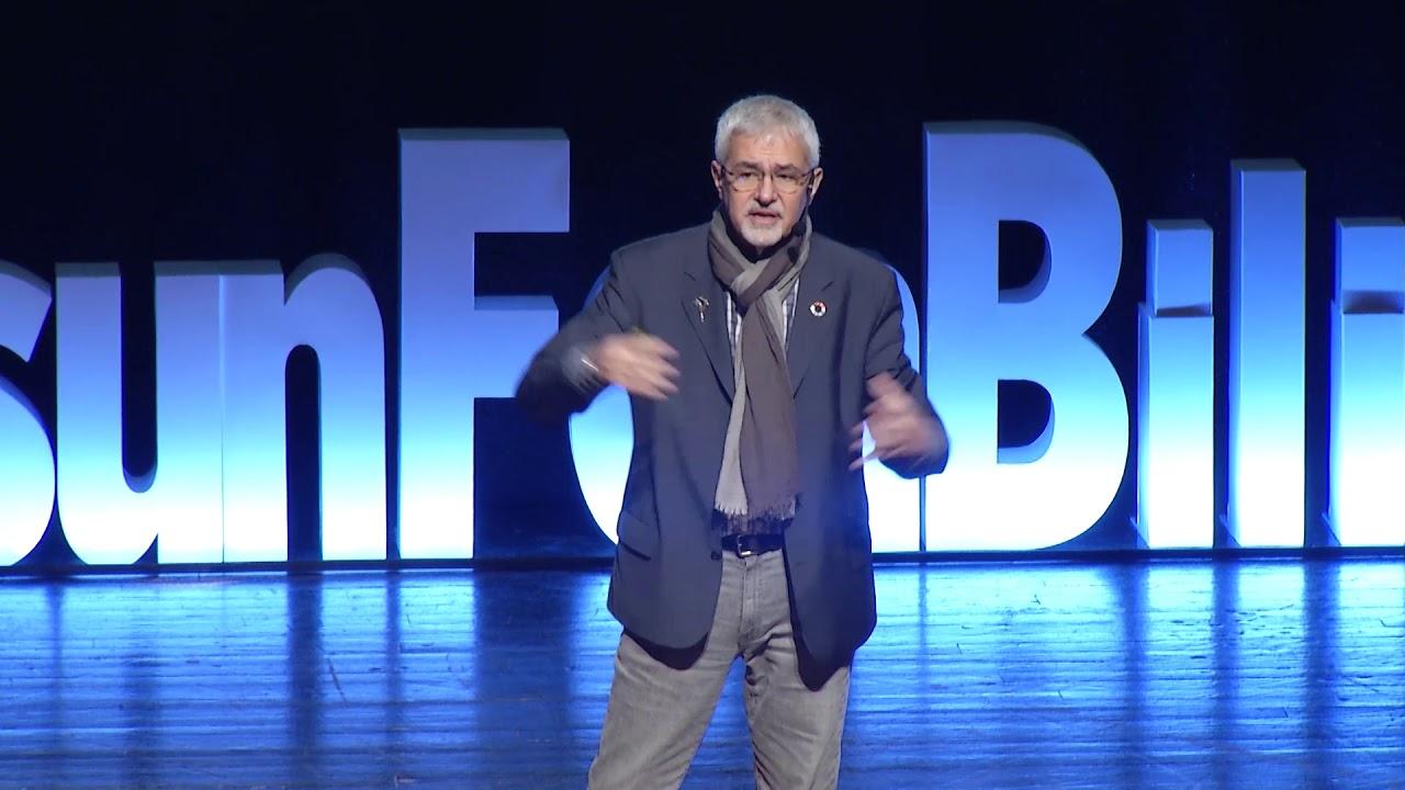Eğitim sistemi evrilecek mi devrilecek mi ? | Erhan Erkut | TEDxSamsunFenBilimleri