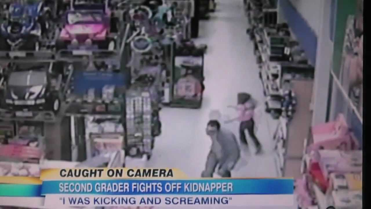 7 Year Old Girl Fights Off Kidnapper In Walmart