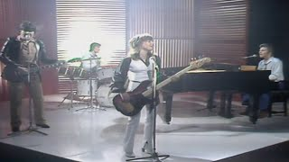 Suzi Quatro - The Race Is On - The Kenny Everett Video Show 17-7 1978