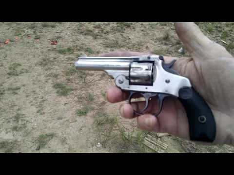 More Shooting: Harrington & Richardson Vintage .22 Topbreak Revolver