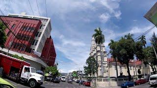 Recorriendo Las Calles De El Centro De San Salvador. EL SALVADOR