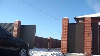 Откатные ворота ALUTECH (с наружи) Челябинск(Устанавливаем откатные ворота Алютех в Челябинске Компания МИР ВОРОТ т.8(351)247-81-33 Сайт www.mirvorot.com., 2012-01-31T18:53:15.000Z)