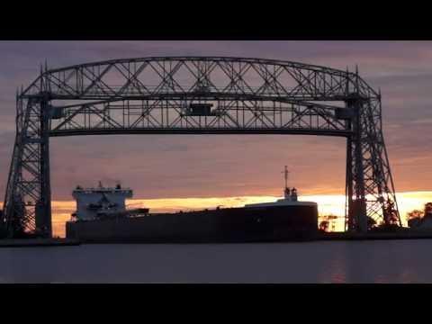 Ship Traffic Duluth MN. Port