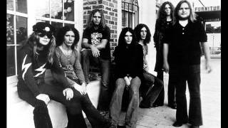 Watch Lynyrd Skynyrd Love Dont Always Come Easy video