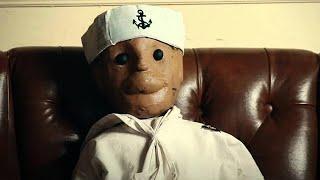 Уже больше 100 лет эта кукла наводит ужас на всех! Жуткая реальная история.