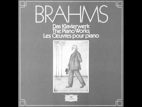VASARY plays BRAHMS Handel Variations Op.24 (1982)