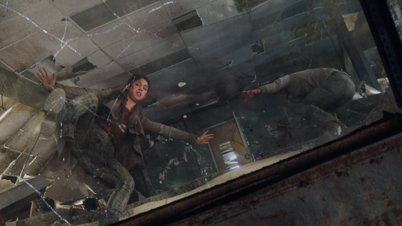 Download Thomas saves Brenda (Brenda gets infected) [The Scorch Trials]