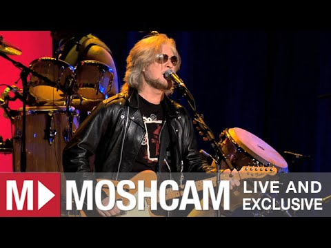 Daryl Hall & John Oates - Out Of Touch   Live in Sydney   Moshcam