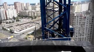 Офигенное РЕДКОЕ видео.Смотрите как демонтируют высотные краны(, 2014-01-03T13:43:42.000Z)