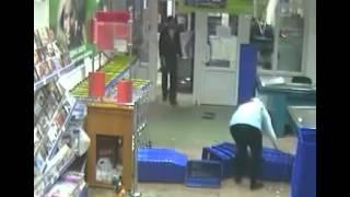 Жесть! Драка в супермаркете Командор в Красноярске!