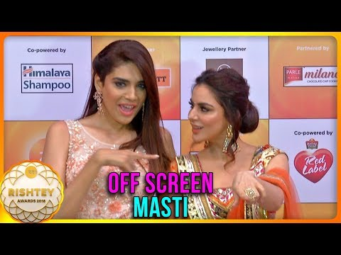 Preeta & Srishti OFF SCREEN Masti At Zee Rishtey Awards 2018 | Kundali Bhagya
