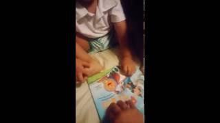 The Potty train book reading by 3 years old