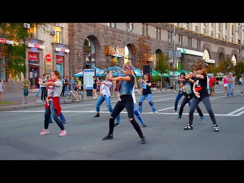 Dance Flashmob - Michael Jackson - Birthday Tribute 3