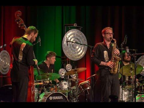 Jazzfest Bonn 2019: Shake Stew - No More Silence