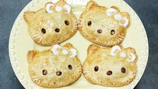 How to Make Hello Kitty Apple Pies!