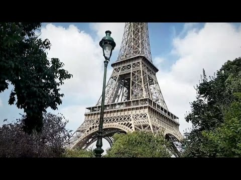 A Day Trip to the EIFFEL TOWER!
