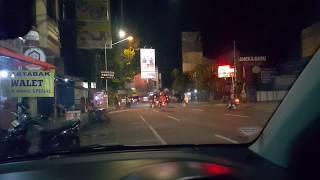 Jalan Lengkong Besar Bandung, Di Malam Hari
