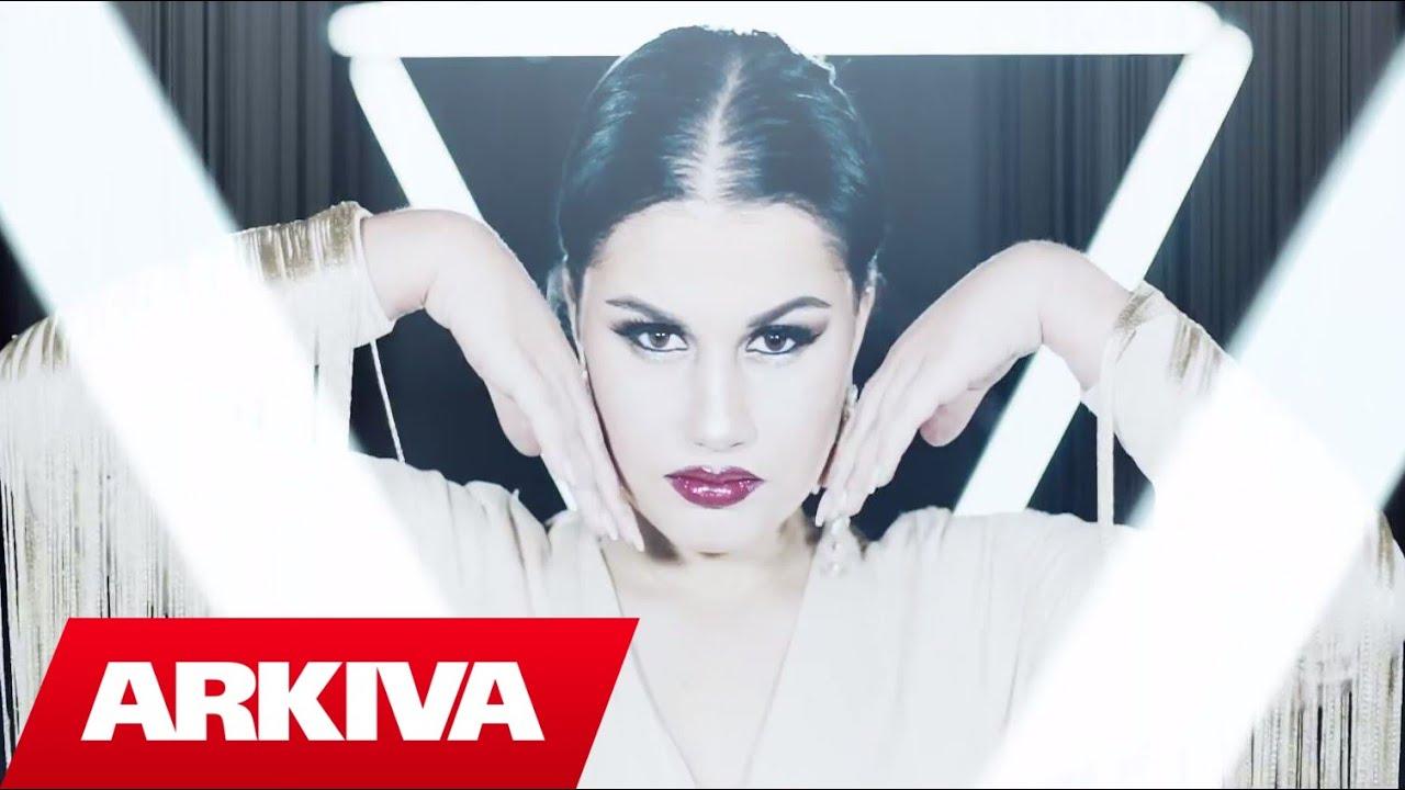 Download Laura Radi - Thirrem (Official Video HD)
