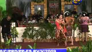 JAVANESE CULTURE DANCE AND SING OF TAYUB