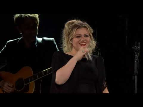 Kelly Clarkson - Crazy (Patsy Cline Cover)
