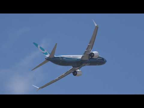 Boeing's 737 Max 9 Airliner Performs Validation Flight at Paris Air Show 2017 - AINtv Express