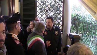 Salvini a Montemurlo consegna ai carabinieri una casa confiscata alla camorra
