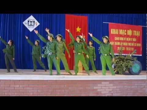 Văn Nghệ lớp 9a1 - Trường Hermann Gmeiner- Sơ kết