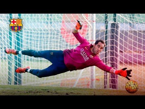 Training Skills: Claudio Bravo working hard