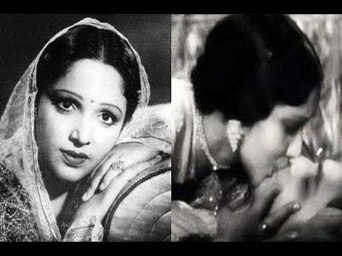 Bollywood's Longest Kissing Scene | Devika Rani - YouTube